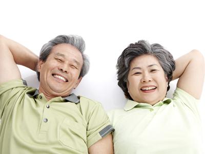 武汉老年人早期白癜风症状有哪些特点?
